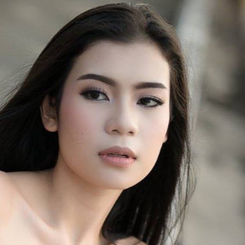 Christie (aka Ika Christie Dewi Binti Saiful Bahari)