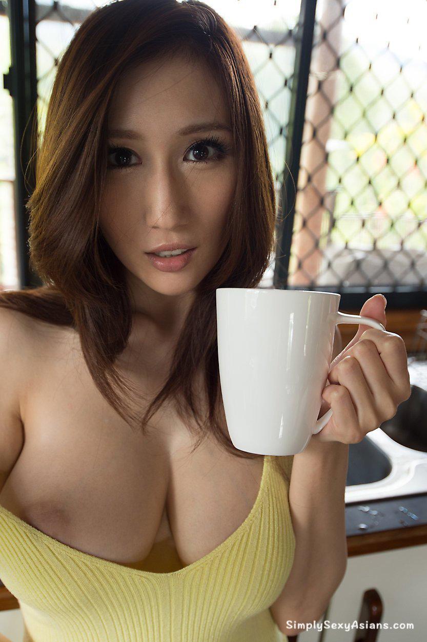 Julia Boin Sexy AV Photo 102
