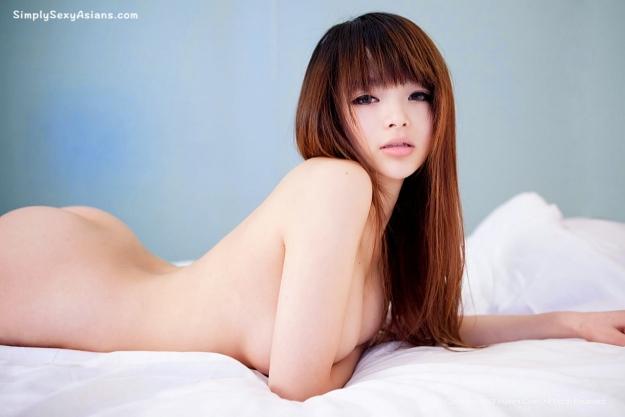 Li Ling 李玲 (Angela Lee) Graphic Photo 097