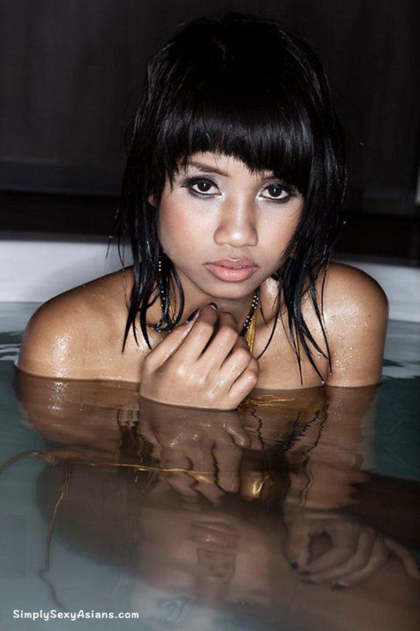 Xanny Disjad Hot Photo 142